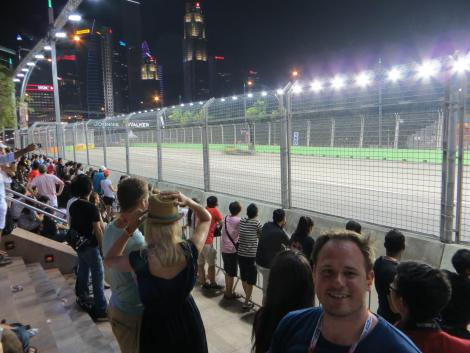WokeHome is a perfect base for the night time F1 Singpore Grand Prix