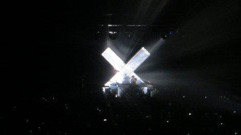 Jamie XX providing the beats