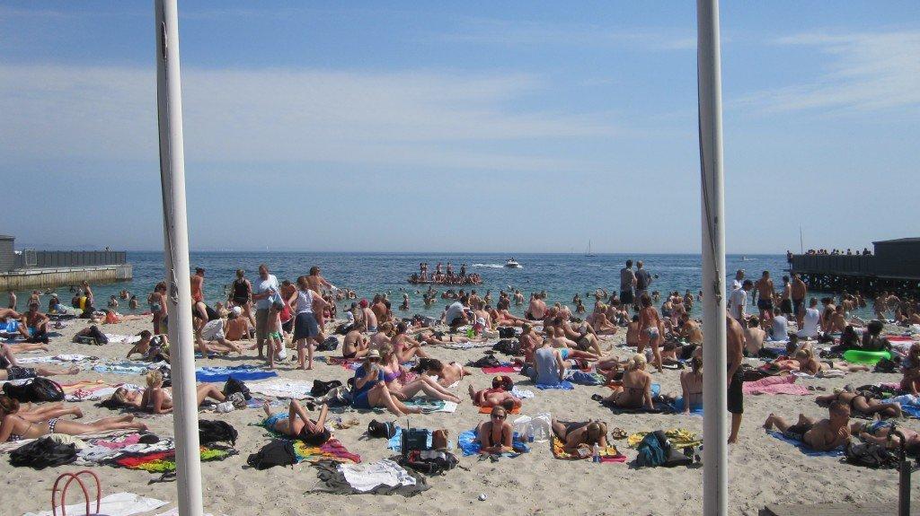 Welcome to Den Permanente Beach