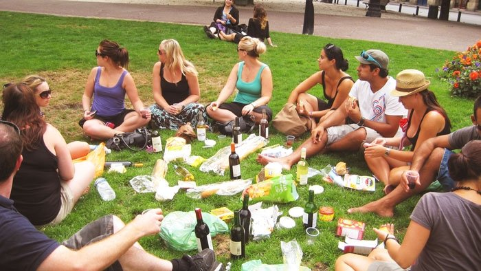 Impromptu wine picnic in Bordeaux organised solely by Busabout passengers.